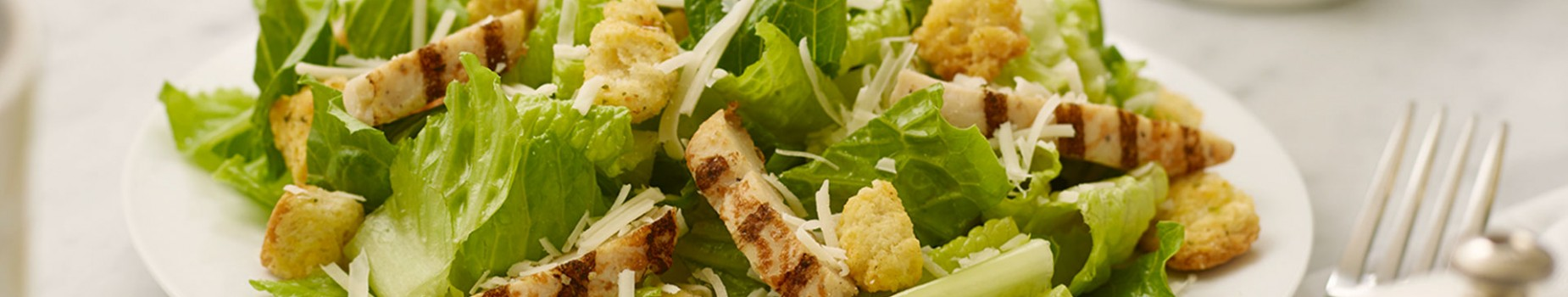 3064-53ChickenCaesarSalad140318