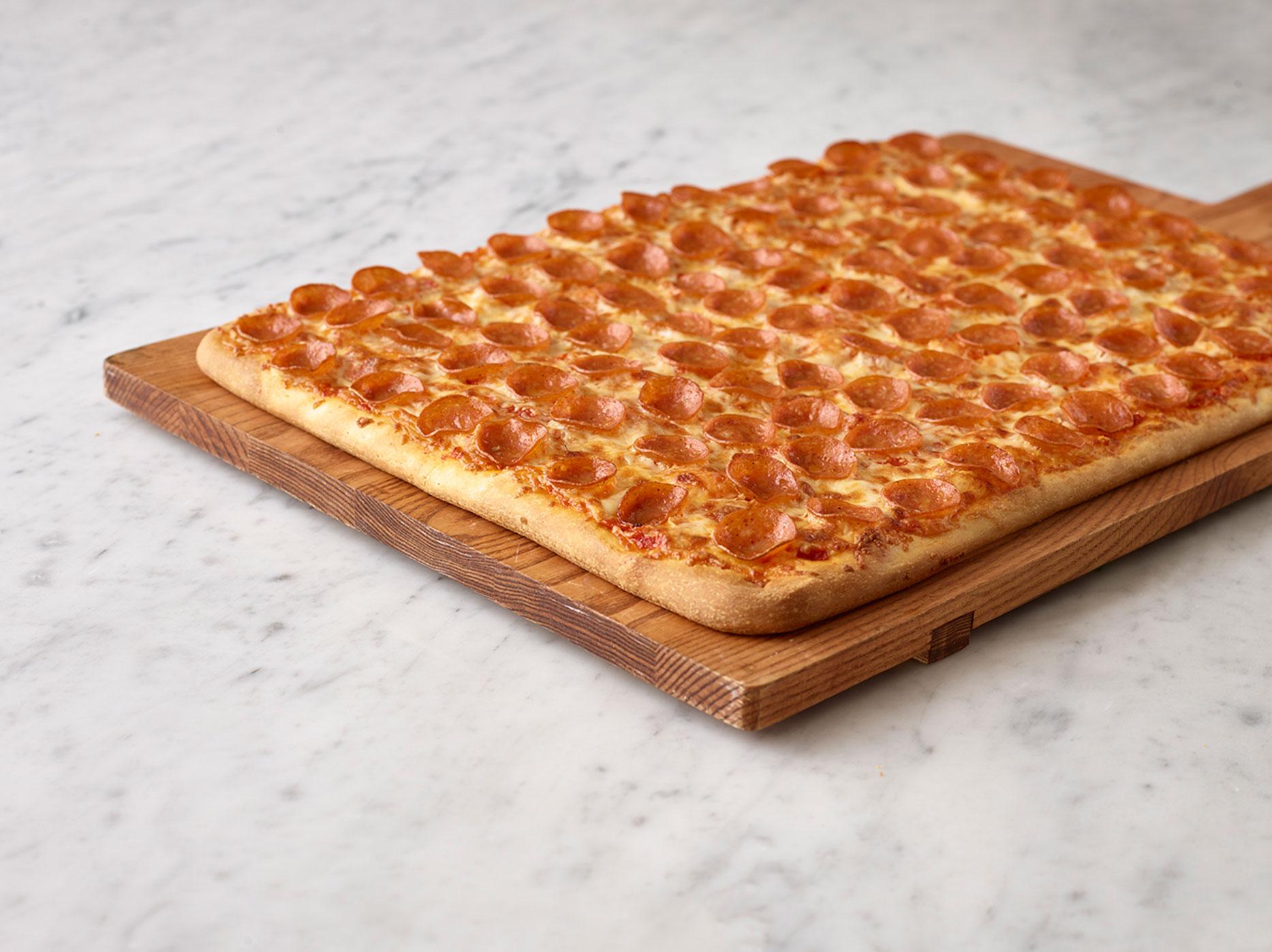 party 1 topping pizza nova. Black Bedroom Furniture Sets. Home Design Ideas
